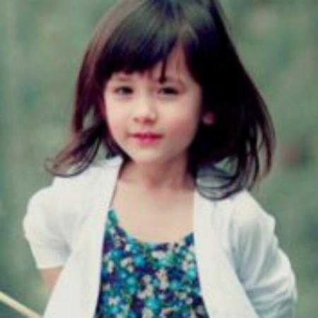这个小女孩的名字叫什么啊?