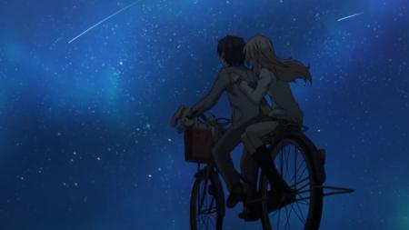 求一张男孩骑着自行车带着女孩的图片