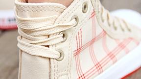 鞋带 2007-10-20 双排孔的鞋图片