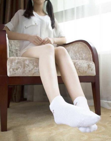 女生在家穿袜子好不好