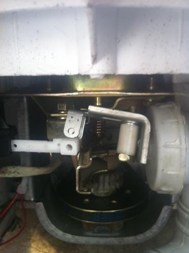 全自动洗衣机排水牵引器怎么连接排水阀图片