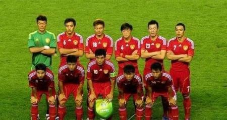 中国足球队vs马里队_中国国家足球队的国足装备