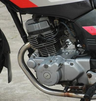 本田王cbt125摩托车发动机是什么颜色图片