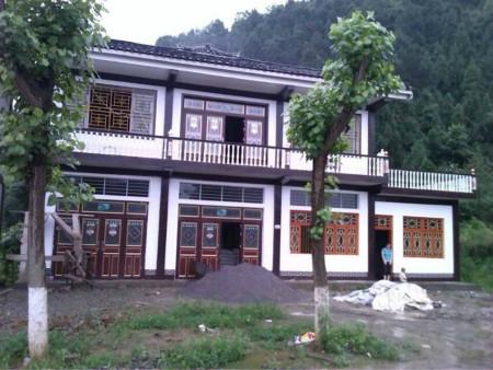 探索贫困县新农村建设的正安模式 黔北民居新农村建设的一道亮丽风景