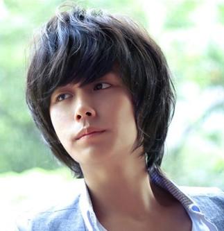 评论|  2011-05-04 13:00 djhued|二级 女孩子很少喜欢男孩子长头发图片