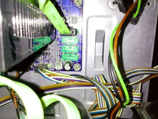 问下电脑主板接口问题图片