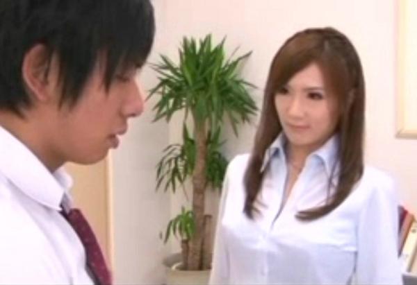 这位日本美女叫什么名字