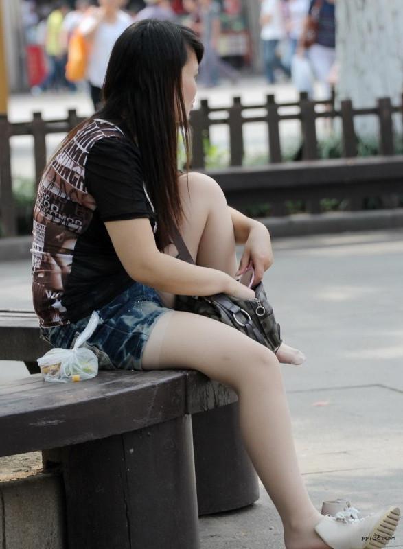 美女穿丝袜的图片