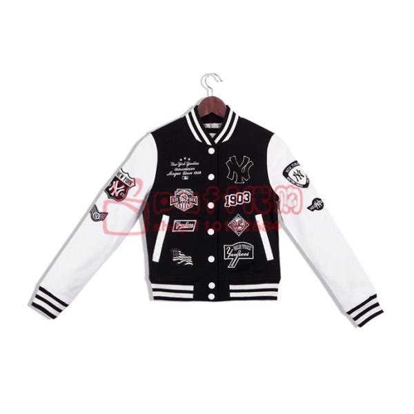 mlb黑白色的女款棒球服,当外套穿里面可以配什么衣服呢