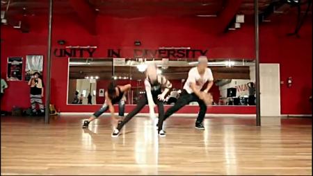 侯明昊一年级跳舞视频